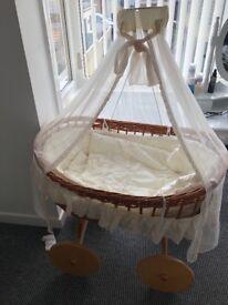 Crib/basket