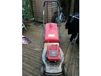 lawn mower Mountfield TR 84