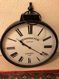 Vintage/classic wall clock