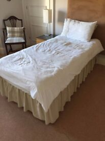 Single Divan Bed in very good condition