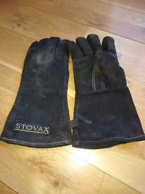 Stovax fire gloves