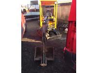 Pel job 1.5 ton mini digger 2006-7 only 04492 hours