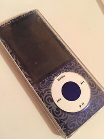 Apple iPod nano with case