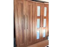 BEDROOM FURNITURE 6 PIECE SET - Excellent Condition, Gorgeous Wood