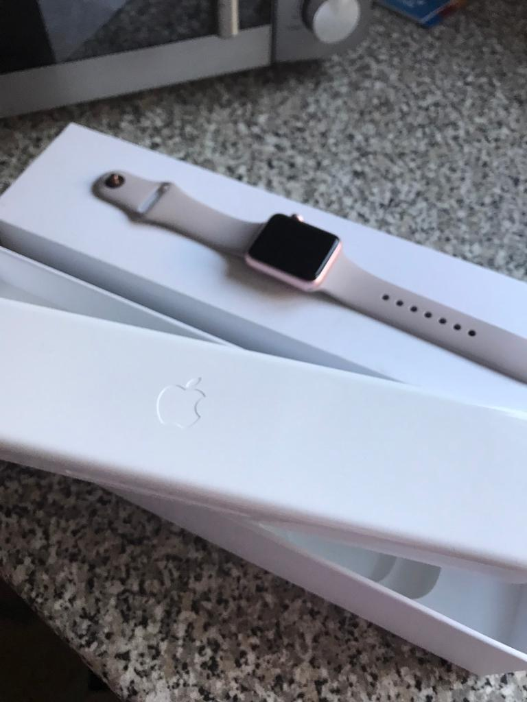 Apple Watch 38mm Rose Goldin Plymouth, DevonGumtree - Apple Watch. 38mm. Rose Gold. Not had long but unexpected bill has arrived, Im gutted as a great watch. Fab condition as is the box. Bargain