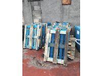 9 Blue pallets