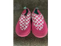 Girls beach / swimming pool shoes size 8