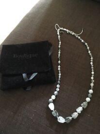 Lola Rose Grey agate rosabel necklace