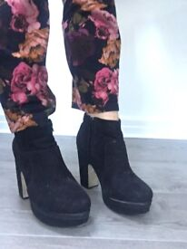 RIVER ISLAND heeled faux suede boots size 7