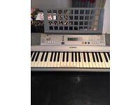 Yamaha PSR E303 Electric keyboard plus box