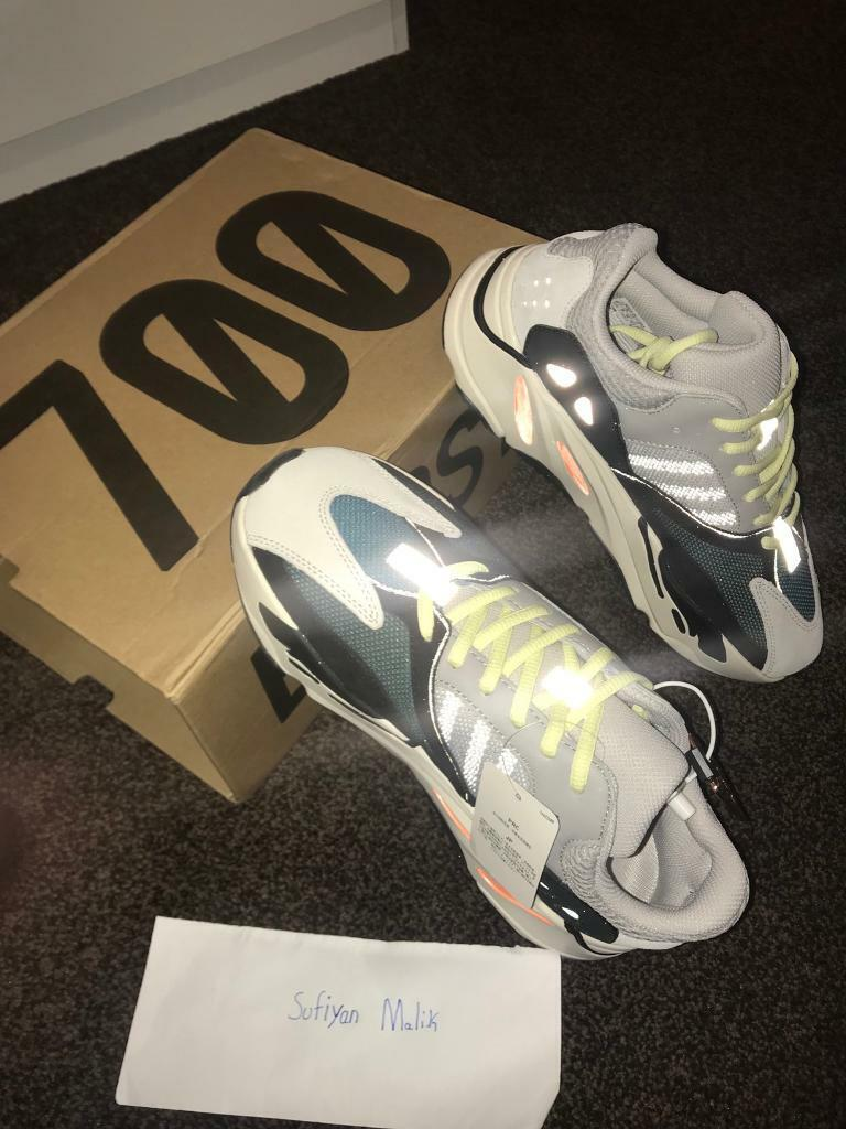 6b800dae492 Yeezy 700 Waverunner Size 8.5UK
