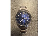 58336c6c91b4 EDIFICE CASIO stainless steel men s watch with blue background