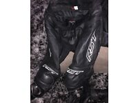 RST blade leathers +helmets