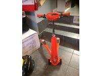 Twista scooter orange