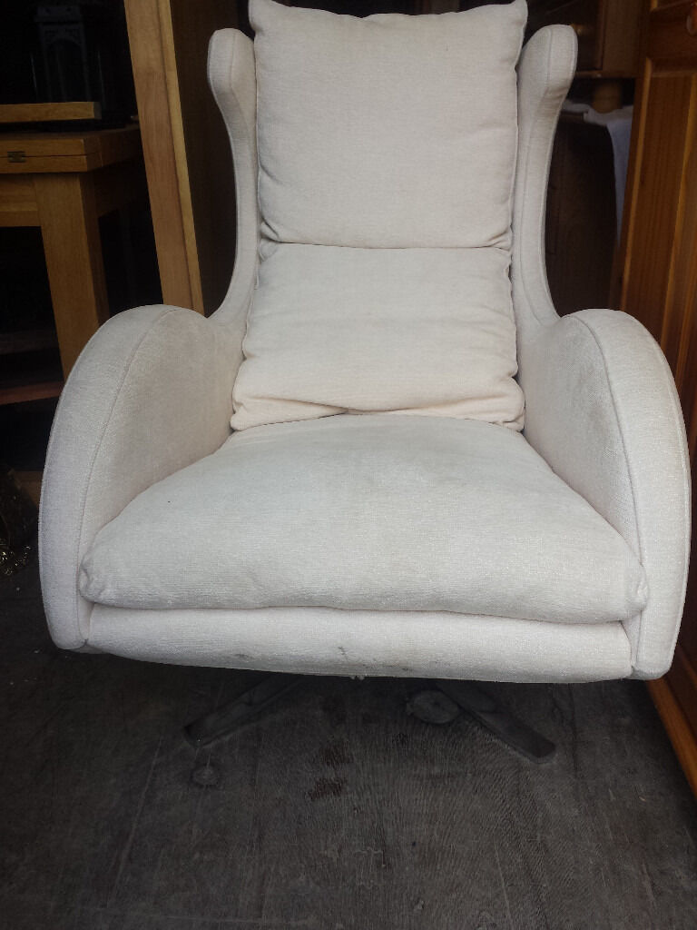 designers swivel chairFAMA) on chrom feet. newryin Newry, County DownGumtree - designers swivel chair ( FAMA) on chrom feet. like new 199 pound.....these chairs starts from 799 pound....free delivery in newry