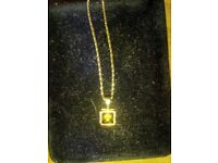 Gold Chain Necklet Pendant 9ct BEAUTIFUL