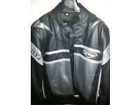 Ladies black leather Weise Motor bike jacket size 14/16