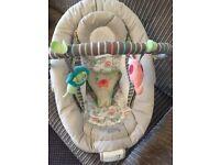Comfort & Harmony Baby Bouncer Vibrating Music Cozy Kingdom