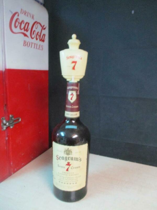 Seagrams Seven 7 Crown Whiskey 1 Gallon Bottle With Pump EMPTY Vintage