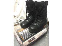 Highlander Alpha boot (black) size 7