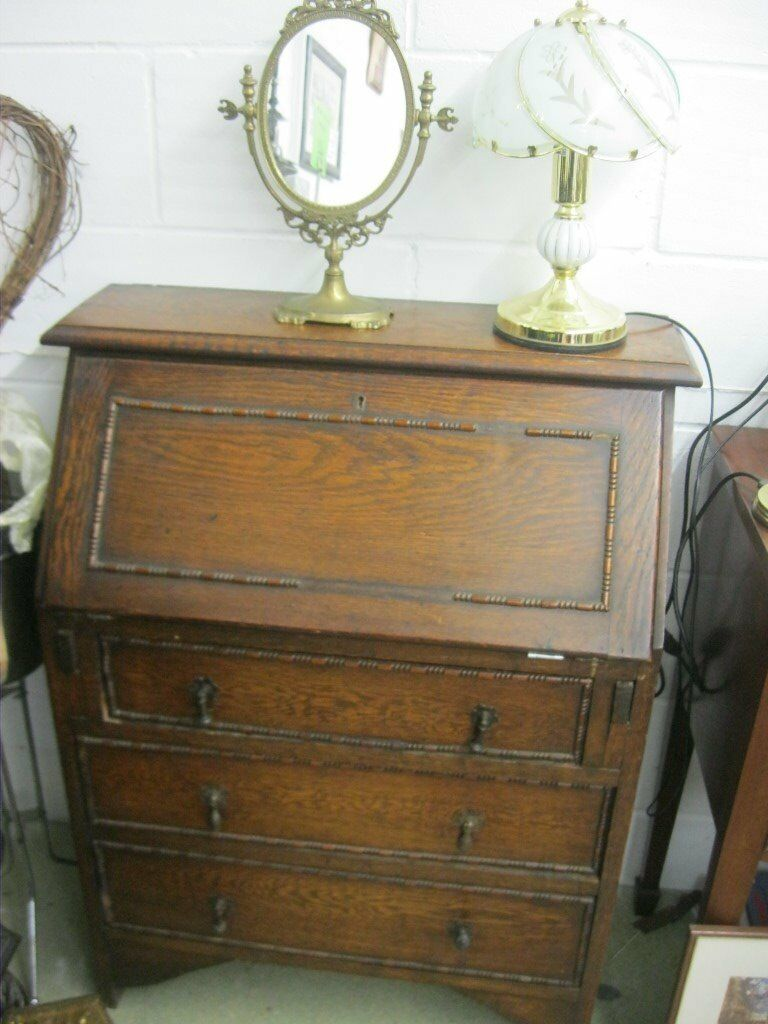 VINTAGE SOLID OAK SMALL BUREAU - WRITING DESK.VARIOUS PIGEON HOLES/DRAWERS ETC. VIEWING/DELIVERY POS