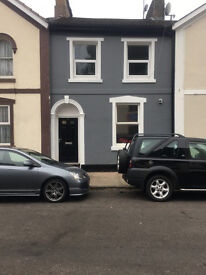 Victorian House Share in Torquay - Converted to a high standard - Double room from £85pw