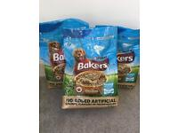 Bakers puppy food. 2.7kg x 3