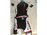 Unisex cycling top and trousers set- size large