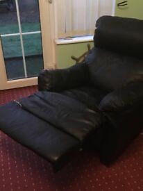 Black leather 3+1 recliner suite