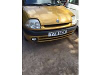2001 Renault Clio mk2 1149 1.1 1.2 gold 3dr BREAKING FOR SPARES