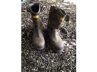 Buckler Rigger boots