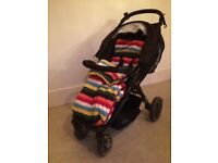Britax B Agile Pushchair in Black with free seat cover/leg warmer preloved
