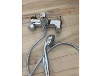 Bath mixer tap and shower head in very good condition