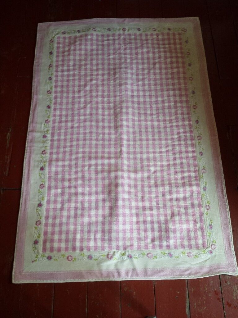 Rug – Pink Check with Embroidery Border – Natural Fibre - £30