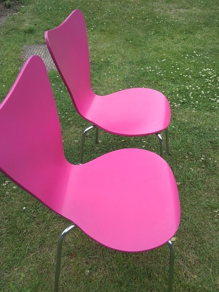 Marvelous Pair Of Pink Chairs In Maidstone Kent Gumtree Gamerscity Chair Design For Home Gamerscityorg