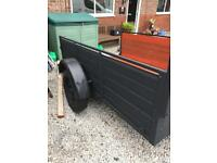 Trailer 68ins x 93 or 7ft 9in x 4ft 11ins