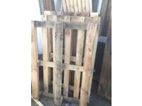 Pallets to go- firewood