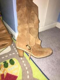 Beautiful boot size 7