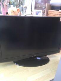 40 inch Samsung TV.