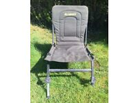 GIANT folding and adjustable fishing chair
