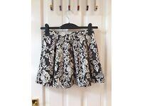 Topshop Petite Jacquard Miniskirt Size 6 BRAND NEW