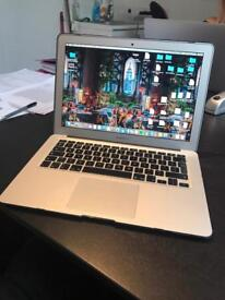 MacBook Air mid 2012 256gb ssd 4gb ram