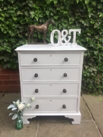 Vintage solid wood chest of drawers / Farrow & Ball