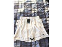 Men's Nike Dri-FIT Shorts White Size Large BRAND NEW
