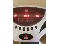 Gym master vibration plate