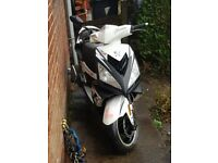 Peugeout speedfight 3 125 cc .. 11month mot and a full service done in march ..