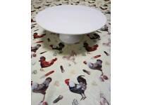 White ceramic porcelain cake stand