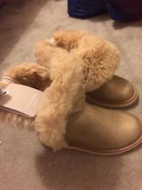 Gold girls size 13 ugg style Zara fur boots BNWT