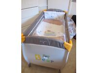 A BARGAIN-HAUCK FULL SIZE TRAVEL COT 2 MATTRESSES + LOADS OF EXTRAS IMMACULATE CONDITION (REDUCED)