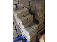 Around 1000 grey/stone monoblocks bricks